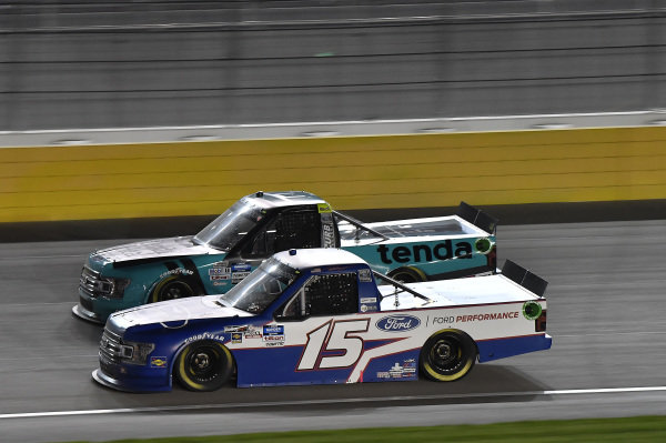 #13: Johnny Sauter, ThorSport Racing, Ford F-150 Tenda, #15: Tanner Gray, DGR-Crosley, Ford F-150 Ford | Ford Performance