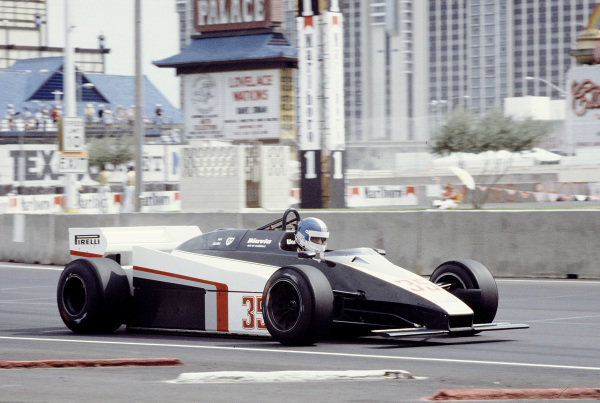 Caesars Palace, Las Vegas, Nevada, USA. 23-25 September 1982. Derek Warwick (Toleman TG183 Hart). Ref-82 LV 37. World Copyright - LAT Photographic