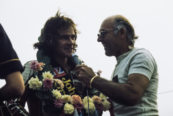 Barry Sheene is interviewed by Murray Walker.