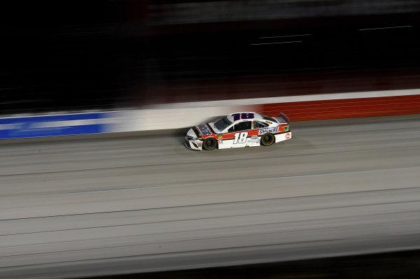 #18: Kyle Busch, Joe Gibbs Racing, Toyota Camry Snickers Throwback