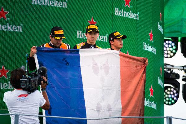 AUTODROMO NAZIONALE MONZA, ITALY - SEPTEMBER 08: Jack Aitken (GBR, CAMPOS RACING) Nyck De Vries (NLD, ART GRAND PRIX) and Jordan King (GBR, MP MOTORSPORT) during the Monza at Autodromo Nazionale Monza on September 08, 2019 in Autodromo Nazionale Monza, Italy. (Photo by Joe Portlock / LAT Images / FIA F2 Championship)