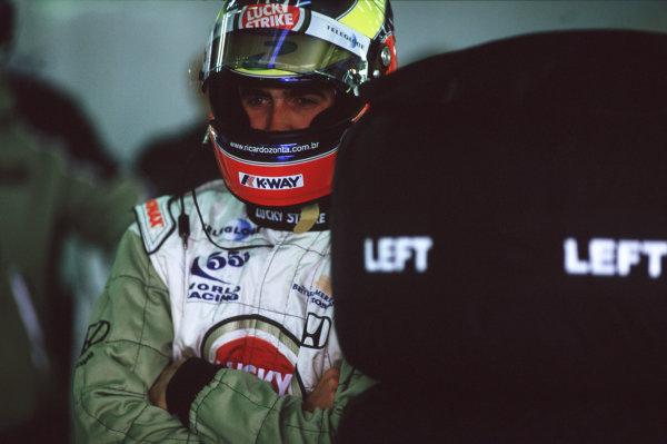2000 European Grand Prix.Nurburgring, Germany. 19-21 May 2000.Ricardo Zonta (B.A R. Honda).World Copyright - LAT Photographic35mm Original