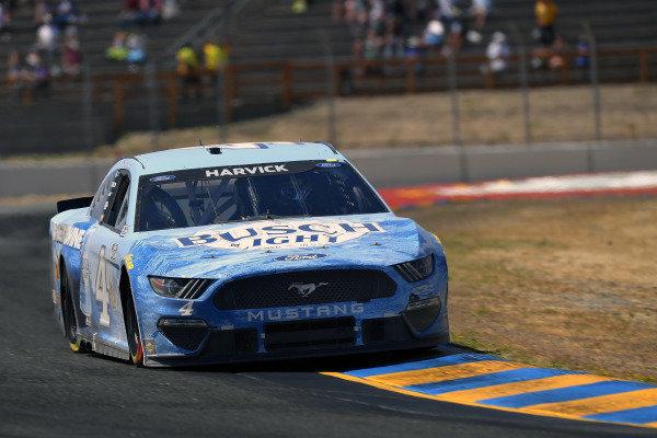 #4: Kevin Harvick, Stewart-Haas Racing, Ford Mustang Busch Light #BeerOverWine