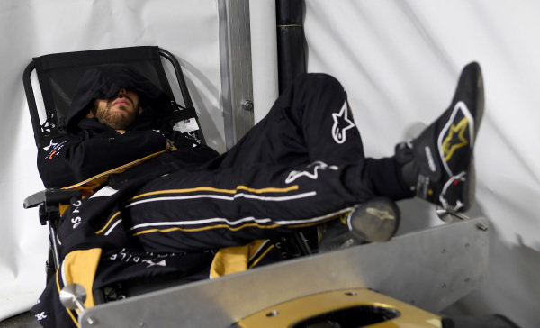 Jean-Eric Vergne (FRA), DS TECHEETAH takes a moment to rest during the rain delay