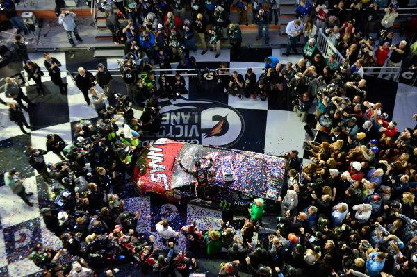 2017 NASCAR Monster Energy Cup - Daytona 500 Daytona International Speedway, Daytona Beach, FL USA Sunday 26 February 2017 Kurt Busch, celebrates after winning the Daytona 500. World Copyright: John K Harrelson / LAT Images ref: Digital Image 17DAY2jh_08625