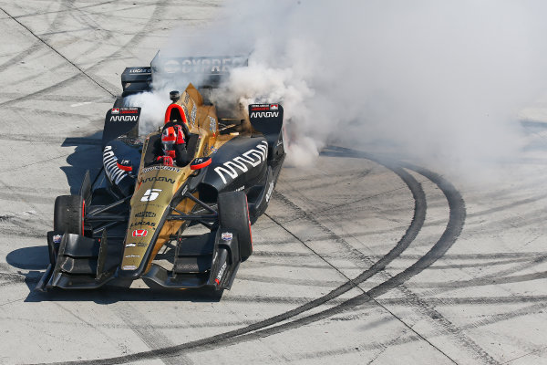 2017 Verizon IndyCar Series Toyota Grand Prix of Long Beach Streets of Long Beach, CA USA Sunday 9 April 2017 James Hinchcliffe World Copyright: Perry Nelson/LAT Images ref: Digital Image nelson_lb_0409_3841