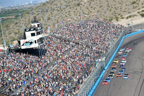 2017 Monster Energy NASCAR Cup Series Camping World 500 Phoenix International Raceway, Avondale, AZ USA Sunday 19 March 2017 Ryan Newman World Copyright: Nigel Kinrade/LAT Images ref: Digital Image 17PHX1nk07715