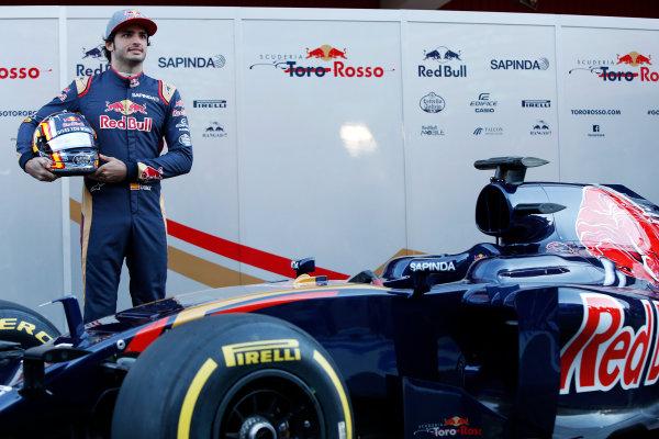 Circuit de Catalunya, Barcelona, Spain Tuesday 1 March 2016. Carlos Sainz Jr, Toro Rosso.  World Copyright: Zak Mauger/LAT Photographic ref: Digital Image _79P9345