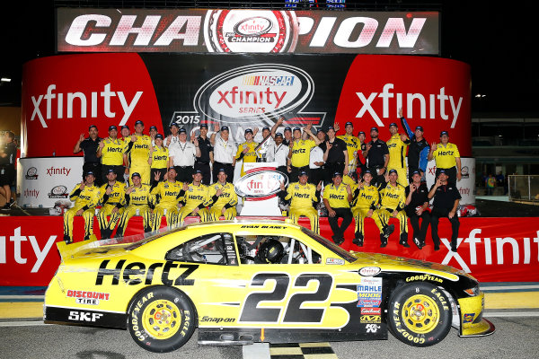 20-21 November, 2015, Homestead, Florida USA Ryan Blaney celebrates the owners championship  ?2015, Russell LaBounty LAT Photo USA