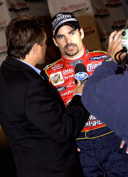 Jeff Gordon (USA) Hendrick Motorsport sports a new look.
