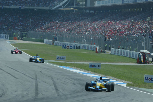 2003 German Grand Prix - Sunday Race, Hockenheim, Germany.3rd August 2003.Jarno Trulli, Renault R23, action.World Copyright LAT Photographic.Digital Image Only.