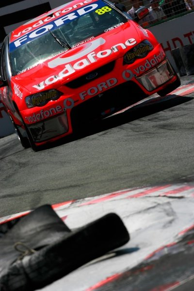 Jamie Whincup (Aust) Vodafone Ford finished 2nd twice but was out of the podium after crashing out in race 3