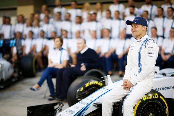 Yas Marina Circuit, Abu Dhabi, United Arab Emirates. Thursday 26 November 2015. Valtteri Bottas, Williams F1. World Copyright: Alastair Staley/LAT Photographic ref: Digital Image _R6T1213