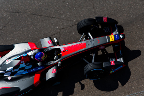 2015/2016 FIA Formula E Championship. Testing, Punta del Este, Uruguay. Sunday 20 December 2015. Jacques Villeneuve (CAN), Venturi VM200-FE-01. Photo: Zak Mauger/LAT/Formula E ref: Digital Image _L0U9479