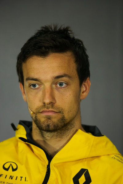Silverstone, Northamptonshire, UK.  Thursday 13 July 2017. Jolyon Palmer, Renault Sport F1, in the Thursday press conference. World Copyright: Charles Coates/LAT Images  ref: Digital Image DJ5R0679