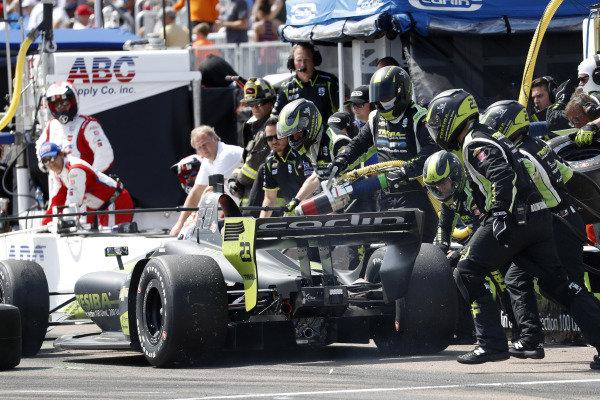 Charlie Kimball, Carlin Chevrolet, pit stop