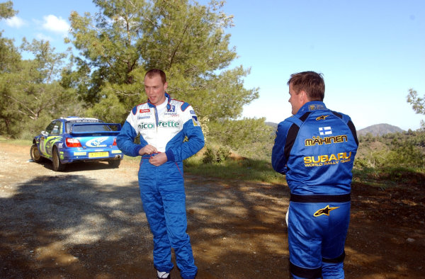 World Rally Championship,  Cyprus Rally, April 18-21, 2002. Richard Burns and Tommi Makinen before the first stage of the final day. Photo: Ralph Hardwick/LAT