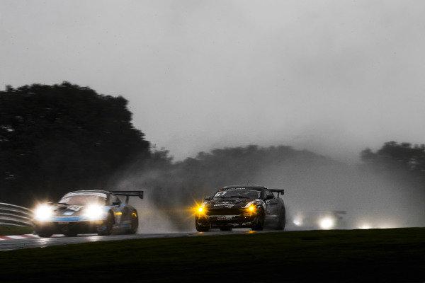 #66 Nick Jones / Scott Malvern - Team Parker Racing Porsche 991.2 GT3 R and #61 Matt Cowley / Will Moore - Academy Motorsport Ford Mustang GT4