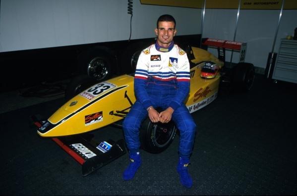 Vitantonio Liuzzi (ITA)German Formula Renault Championship, 14 October 2001,Oschersleben, Germany.BEST IMAGE