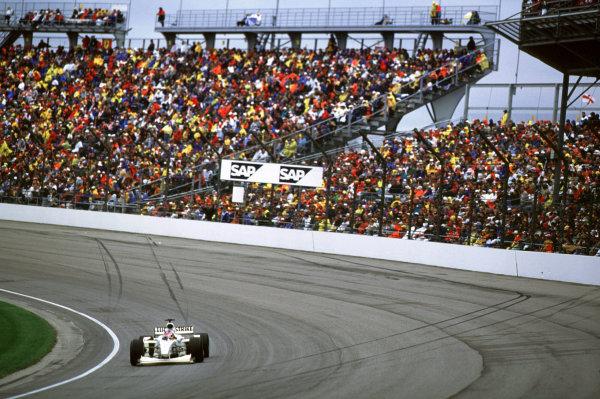 Indianapolis, Indiana, USA. 22-24 September 2000.Jacques Villeneuve (B.A R. 002 Honda) 4th position.Ref-2k USA A39.World Copyright - Coates/LAT Photographic