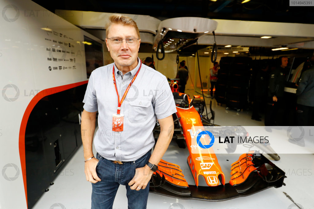 Autodromo Nazionale di Monza, Italy. Saturday 02 September 2017. Mika Hakkinen outside the McLaren garage. World Copyright: Steven Tee/LAT Images  ref: Digital Image _O3I5590