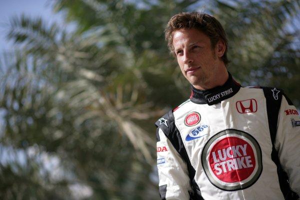 2006 Bahrain Grand Prix - Thursday PreviewBahrain International Circuit, Sakhir, Bahrain9th - 12th March.Jenson Button, Honda RA106. Portrait. World Copyright: Steven Tee/LAT Photographicref: Digital Image VY9E0138.
