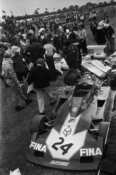 Silverstone, England. 14th July 1973.Jody Scheckter (McLaren M23 Ford) causes a multiple pile-up at the end of lap 1. Heer the wreckage of Carlos Pace (Surtees TS14A-Cosworth), action.World Copyright: LAT Photographicref: L73/1176/15-15A