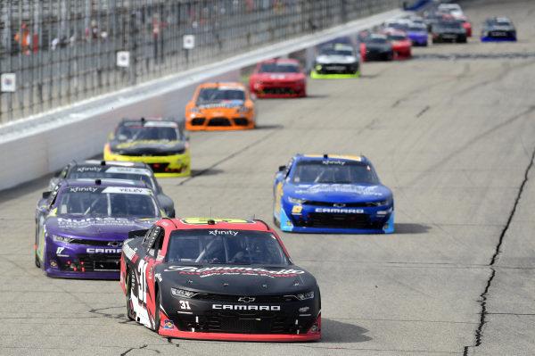 #31: Jordan Anderson, Jordan Anderson Racing, Chevrolet Camaro Bommarito.com, #17: J.J. Yeley, SS Green Light Racing, Chevrolet Camaro Nurtec ODT