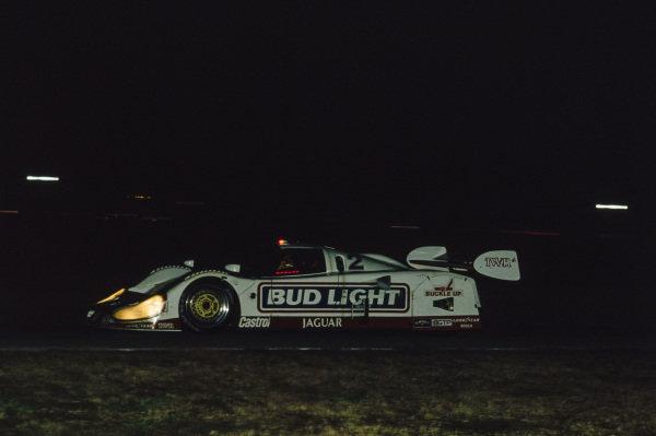 Davy Jones / Scott Pruett / David Brabham / Scott Goodyear, Jaguar XJR-12.