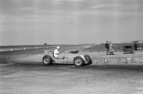 Bob Ansell, Maserati 4CM.