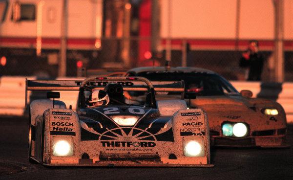 2000 Rolex 24 at Daytona. February 5-6, 2000Daytona International Speedway, Florida USA.A Corvette pressures the ailing #20-2000, Michael L. Levitt, USALAT PHOTOGRAPHIC