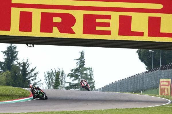Jonathan Rea, Kawasaki Racing Team, Chaz Davies, Aruba.it Racing-Ducati Team.