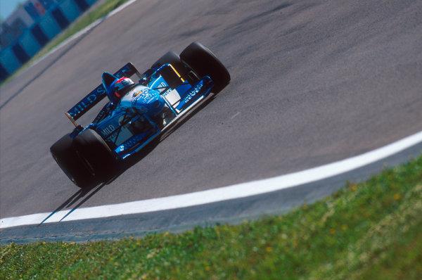 Barcelona, Spain.12-14 May 1995.Johnny Herbert (Benetton B195 Renault) 2nd position.Ref-95 ESP 08.World Copyright - LAT Photographic