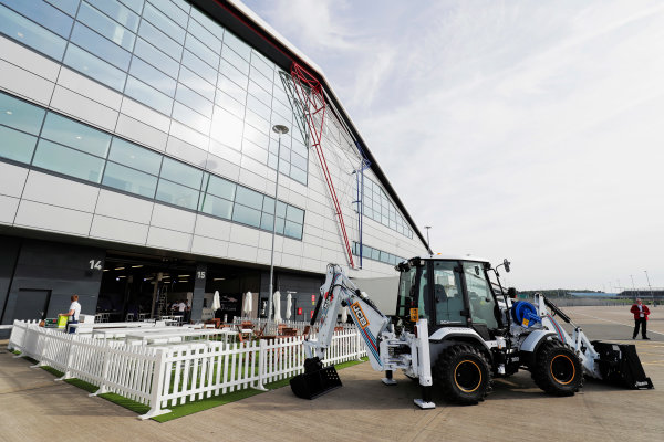 Williams 40 Event Silverstone, Northants, UK Friday 2 June 2017. A Williams-branded JCB on display next to the Silverstone Wing. World Copyright: Zak Mauger/LAT Images ref: Digital Image _56I9348