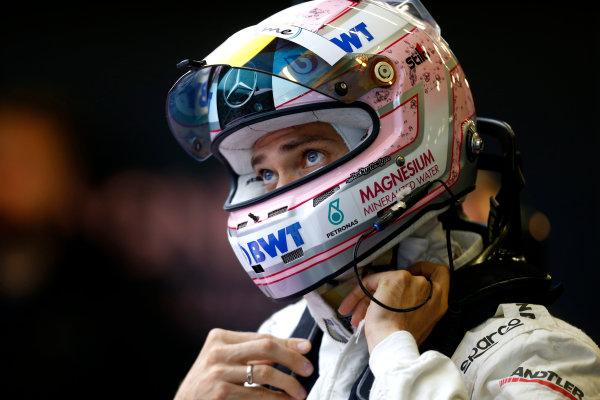 2017 DTM Round 7  Nürburgring, Germany  Friday 8 September 2017. Edoardo Mortara, Mercedes-AMG Team HWA, Mercedes-AMG C63 DTM  World Copyright: Alexander Trienitz/LAT Images ref: Digital Image 2017-DTM-Nrbg-AT2-0832