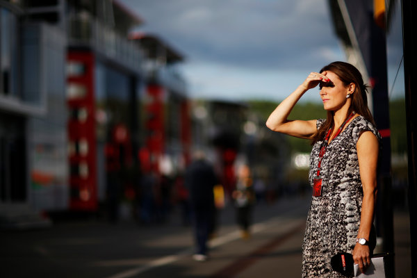 Red Bull Ring, Spielberg, Austria. Friday 19 June 2015. Natalie Pinkham, Sky Sports F1, shields her eyes from the sun in the Paddock. World Copyright: Alastair Staley/LAT Photographic. ref: Digital Image _R6T0902