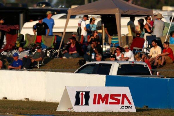 12-15  March, 2014, Sebring, Florida, USA Fans and IMSA sign © 2014, Michael L. Levitt LAT Photo USA