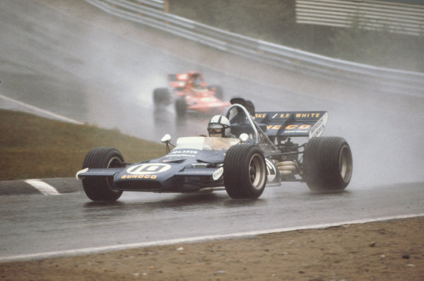 1971 Canadian Grand Prix.  Mosport, Canada. 17-19th September 1971.  Mark Donohue, McLaren M19A Ford, 3rd position.  Ref: 71CAN03. World Copyright: LAT Photographic