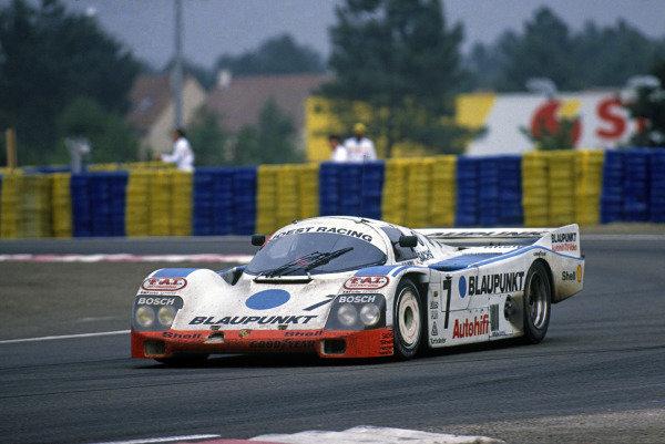 Le Mans, France. 11th - 12th June 1988.David Hobbs/Didier Theys/Franz Konrad (Porsche 962C), 5th position, action. World Copyright: LAT Photographic.Ref:  88LM81.