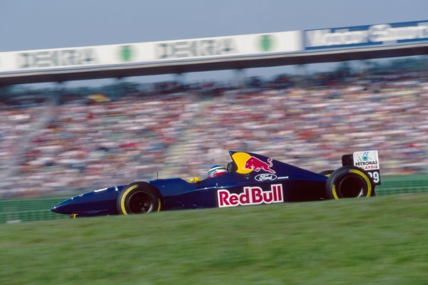 Jean Christophe Boullion (FRA) Sauber Cosworth C14.