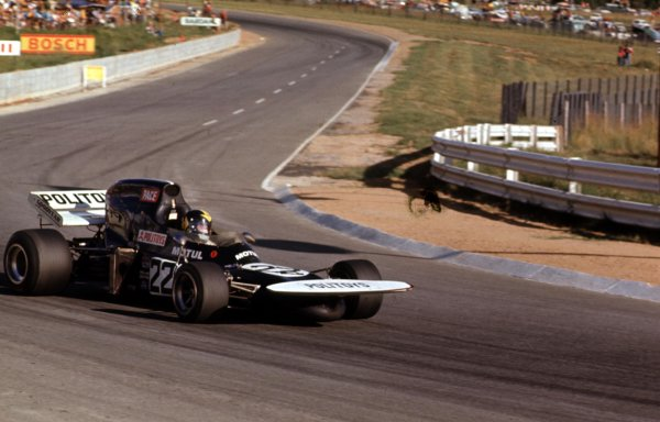 1972 South African Grand Prix.Kyalami, South Africa.2-4 March 1972.Carlos Pace (March 711 Ford) 17th position.Ref-72 SA 21.World Copyright - LAT Photographic