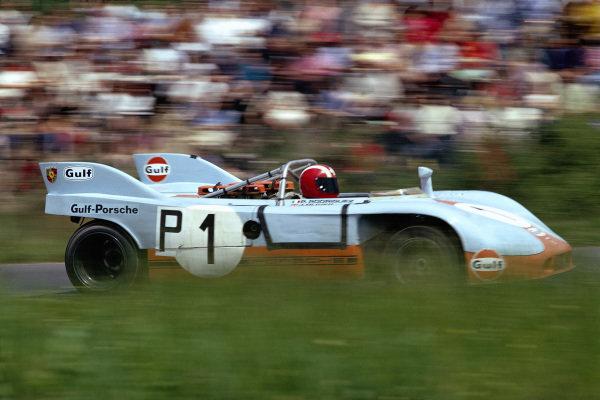 Pedro Rodriguez / Jo Siffert, J. W. Automotive Gulf Porsche, Porsche 908/03 013.