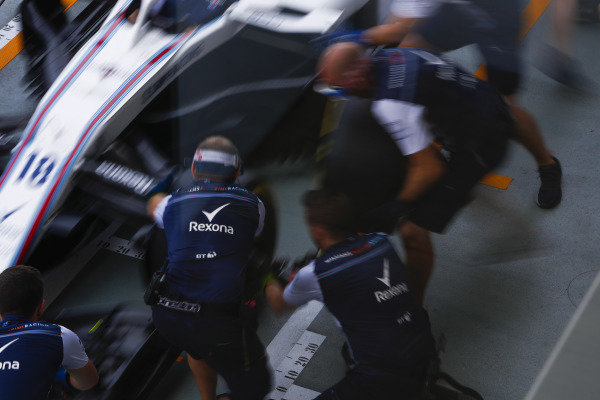 The Williams teams practices a pit stop, and changing the front wing, on the Lance Stroll Williams FW41.