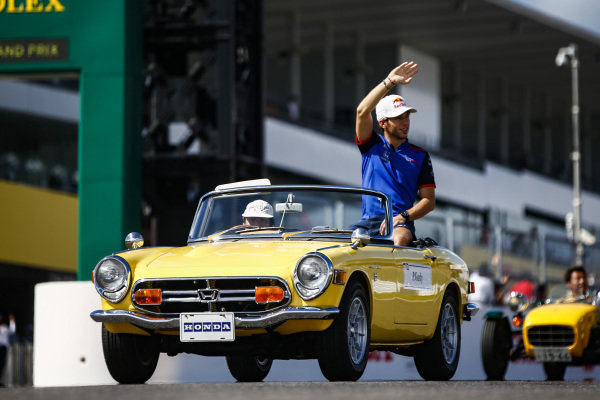 Pierre Gasly, Scuderia Toro Rosso, on the drivers parade
