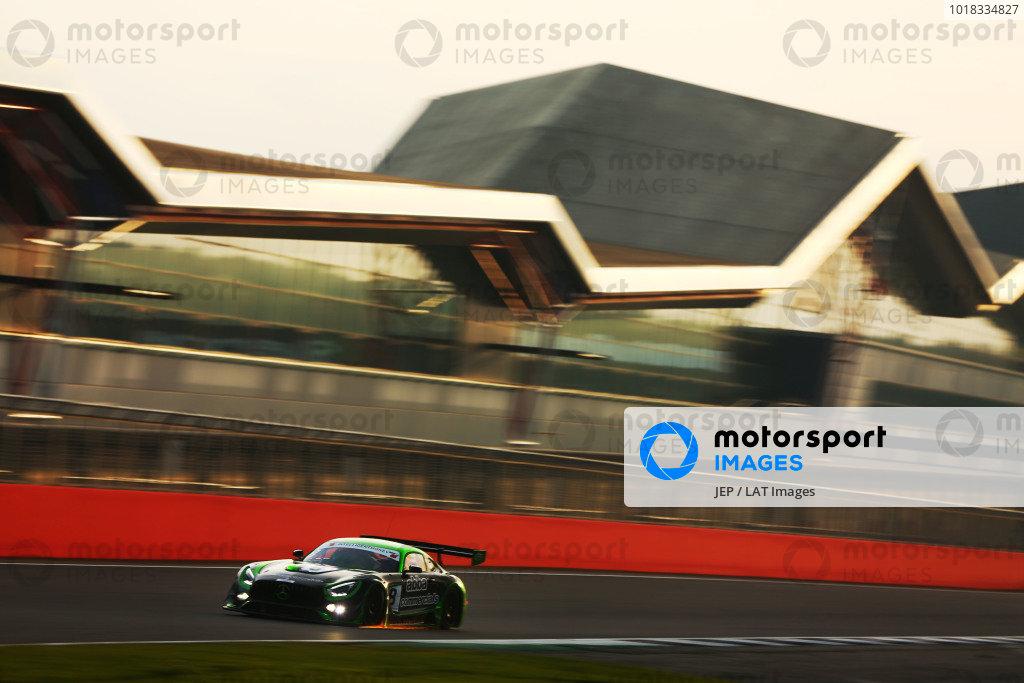 #8 Richard Neary / Sam Neary - Team ABBA Racing Mercedes-AMG GT3