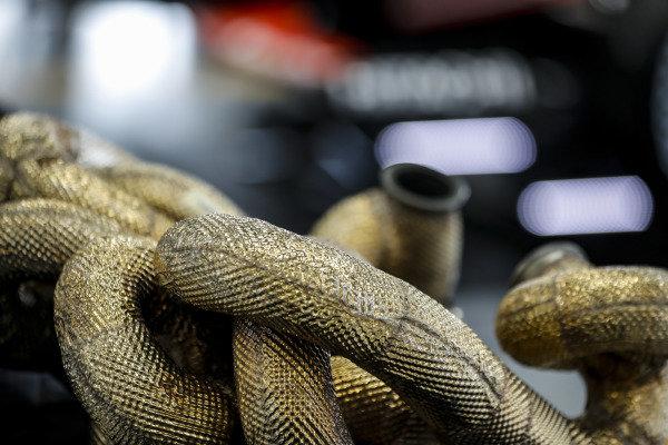 #22: Simon Pagenaud, Team Penske Chevrolet parts