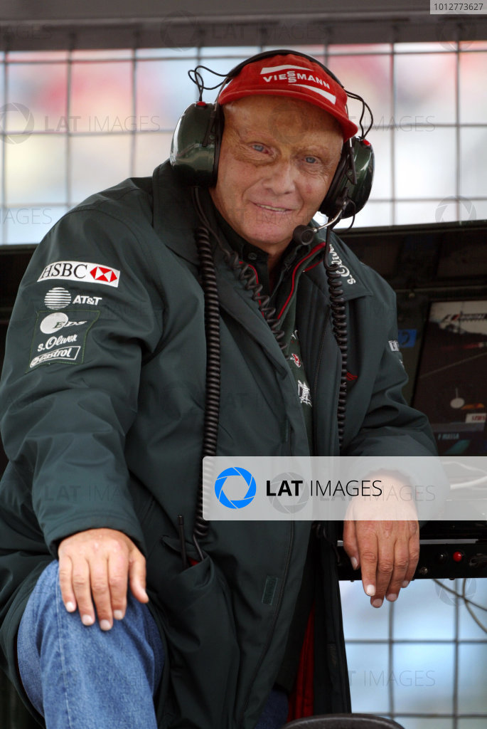 2002 Japanese Grand Prix.Suzuka, Japan. 11-13 October 2002.Jaguar Racing's Team Principal Niki Lauda.World Copyright - Steve Etherington/LAT Photographicref: Digital Image Only
