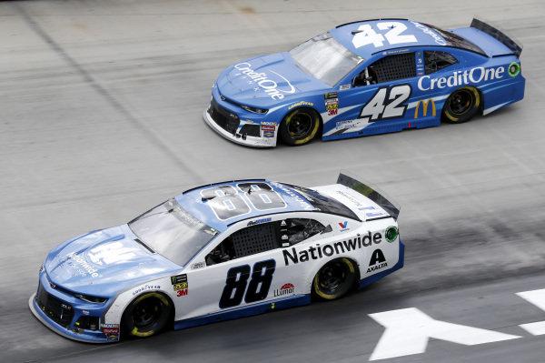 #88: Alex Bowman, Hendrick Motorsports, Chevrolet Camaro Nationwide #42: Kyle Larson, Chip Ganassi Racing, Chevrolet Camaro Credit One Bank
