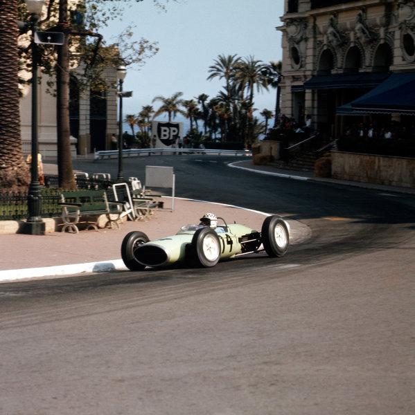 Monte Carlo, Monaco.23-26 May 1963.Innes Ireland (Lotus 24 BRM).Ref-3/0914.World Copyright - LAT Photographic