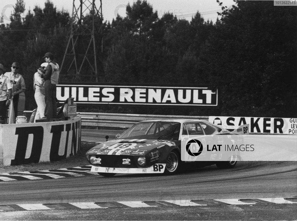 Le Mans, France. 15-16 June 1974.Giancarlo Gagliardi / Jean-Louis Lafosse (Ferrari Dino 308 GT4), retired, action.World Copyright: LAT PhotographicRef: 28561-7